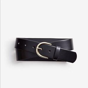 Ann Taylor wide leather trouser belt